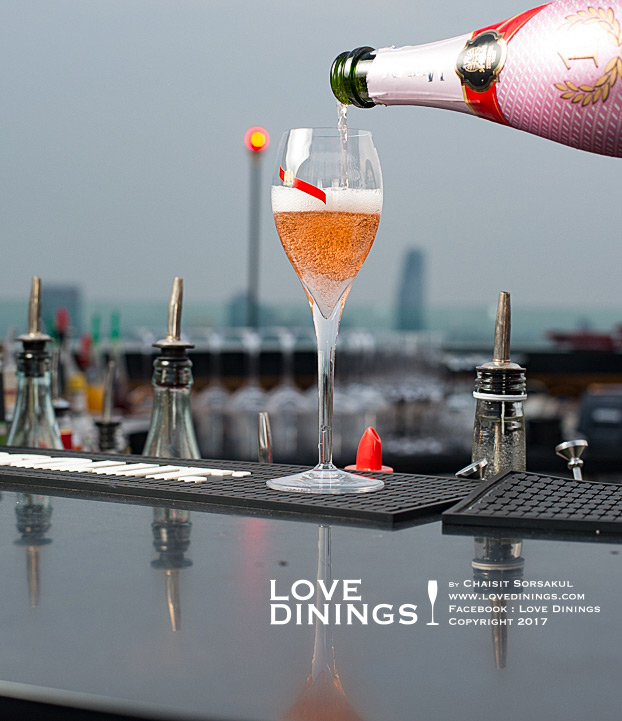 cru-champagne-bar-at-red-sky-bar-centara-grand-bangkok-convention-centre-at-centralworld_15