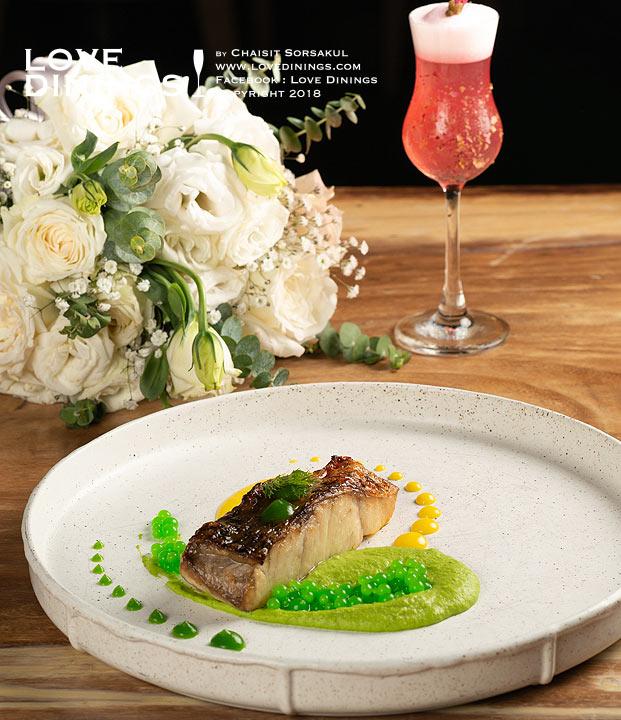 เพบเบิลส์บาร์แอนด์กริลส์ สเต็กเฮ้าส์ เรเนซองส์ พัทยา รีสอร์ท Pebbles Bar and Grill Steak House Renaissance Pattaya15
