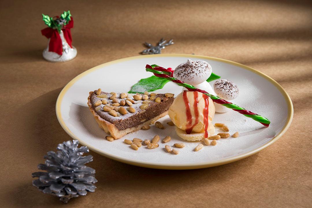 ร้านอาหารเคาท์ดาวปีใหม่ คริสมาสห้าดาวกรุงเทพ 2563_เคปเฮ้าส์ Countdown Christmas and New Year 2020 Bangkok_Cape House Hotel-03