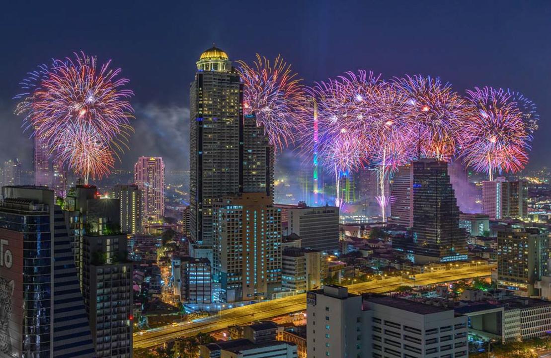ร้านอาหารเคาท์ดาวปีใหม่ คริสมาส ห้าดาวกรุงเทพ 2563_อีสตินกรุงเทพ Countdown Christmas and New Year 2020 Bangkok_Eastin Grand Sathorn-04
