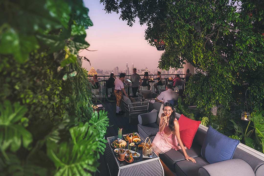 ร้านอาหารเคาท์ดาวปีใหม่ คริสมาส ห้าดาวกรุงเทพ 2563_โรงแรมบันยันทรี Countdown Christmas and New Year 2020 Bangkok_Banyan Tree Bangkok-4