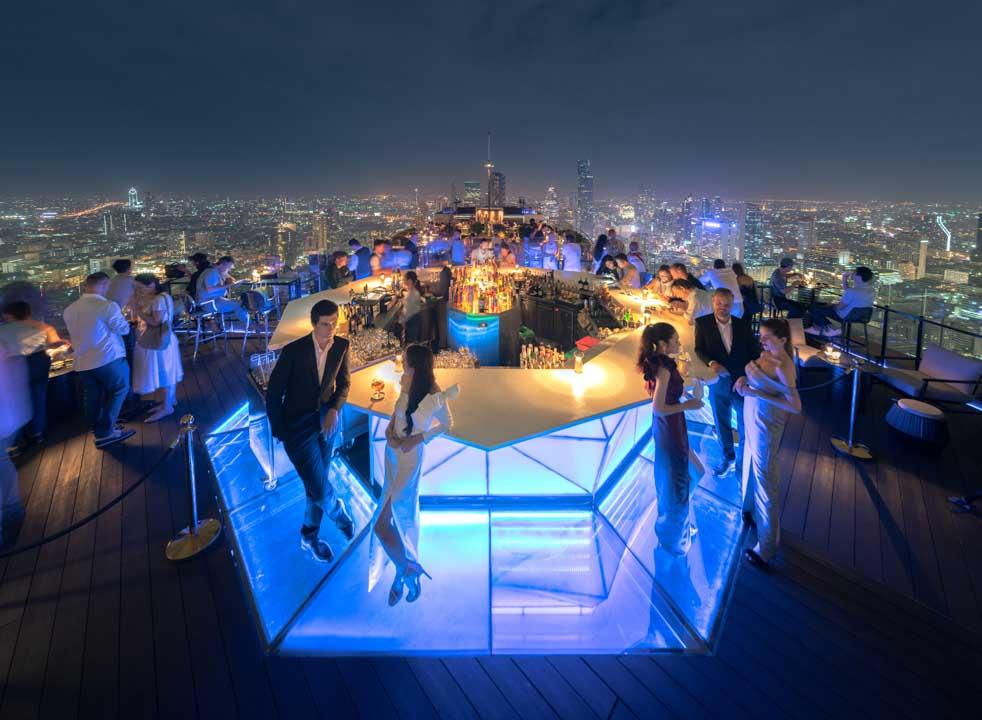 ร้านอาหารเคาท์ดาวปีใหม่ คริสมาส ห้าดาวกรุงเทพ 2564_บันยันทรีกรุงเทพ Countdown Christmas and New Year 2021 Bangkok_Banyan Tree-1